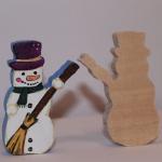Деревянный снеговик