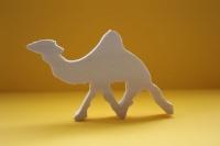 Деревянная фигурка верблюда