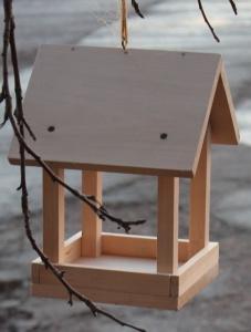 Кормушка деревянная - липа (3605)